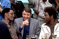 Drew �Bundini� Brown (Jamie Foxx) with Howard Cosell (Jon Voight) and Don King (Mykelti Williamson)