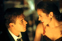 Russell Crowe as John Forbes Nash Jr. and Jennifer Connelly as Alicia Larde in A Beautiful Mind