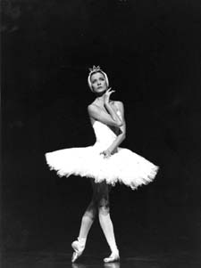 Agn�s Letestu as Odette  in  Swan Lake