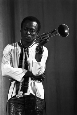Miles Davis in a scene from Miles Electric: A Different Kind of Blue directed by Murray Lerner, USA, 2004, 87m.Photo courtesy of The Film Society of Lincoln Center   •