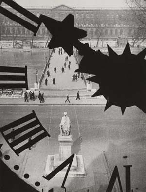André Kertész: <EM>Clock of the Académie Fra</EM>nçaise, 1929National Gallery of Art, Washington, Gift of The Howard Gilman Foundation and The André and Elizabeth Kertész FoundationPhoto courtesy of International Center of Photography