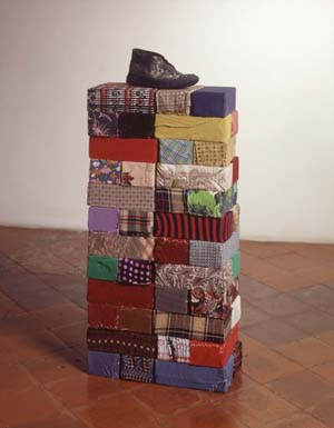 Michelangelo Pistoletto (b.1933)<EM>Little Monument, </EM>1968bricks, rags and shoe100 x 40 x 40 cm Photo courtesy of Estorick Collection of Modern Italian Art