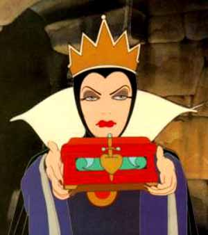 "<DIV class=tiny id=image_caption_10194 style=""WIDTH: 294px; TEXT-ALIGN: center"">Evil Queen from <EM>Snow White</EM>© Disney 2006Photo courtesy of Réunion des musées nationaux </DIV>"