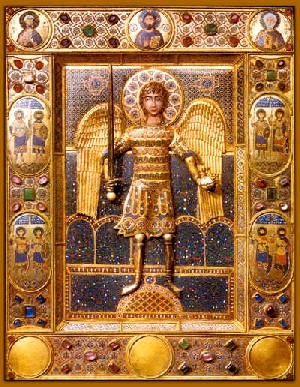 Icon of the Archangel Michael, Constantinople, twelfth century. Silver gilt on wood, gold cloisonné enamel, precious stones, 46.5 x 35 x 2.7 cm.Basilica di San Marco, Venice, Tresoro, inv. no. 16.Photo per gentile concessione della Procuratoria di San Marco/Cameraphoto Arte, VenicePhoto courtesy of Royal Academy of Arts