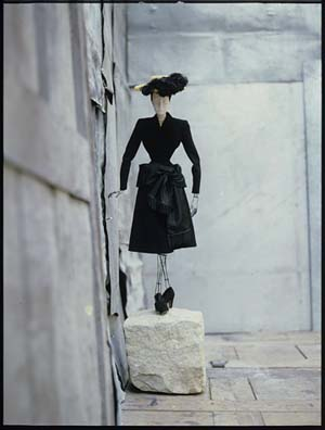 David Seidner:<EM> Balenciaga</EM>, 1990© International Center of Photography, David Seidner Archive Photo courtesy of International Center of Photography
