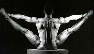 Robert Mapplethorpe: <EM>Derrick Cross</EM>, 1985Gelatin silver print 16 x 20 in© Robert Mapplethorpe FoundationPhoto courtesy of Galleria dell'Accademia, Florence