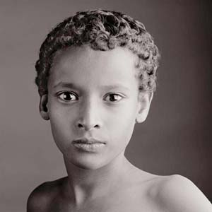 © Jean-Baptiste Huynh: <EM>Portrait III</EM> Ethiopie, 2005Photo courtesy of Camera Work Gallery, Berlin