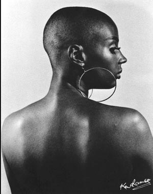 © Ken Ramsey: <EM>Susan Taylor</EM>Photo courtesy of USC Fisher Museum of Art