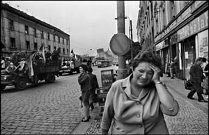 <P>Josef Koudelka: <EM>Invasión 68 Praga</EM> (Invasion 68 Prague)Photo courtesy of  Espacio de Arte de Fundación OSDE</P>