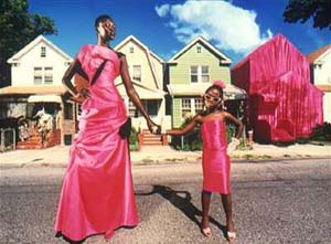 <DIV class=mar>David LaChapelle: Alek Wek in Christian Lacroix: <EM>My House</EM>, New York, 1997Photo © David LaChapelle </DIV>