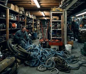 Jeff Wall Canadian 1946-Untangling (1994, printed 2006)transparency in light box, AP 189.0 x 223.5 cm National Gallery of Victoria, Melbourne Purchased NGV Foundation and with the assistance of NGV Contemporary, 2006 (2006.426)© Jeff Wall
