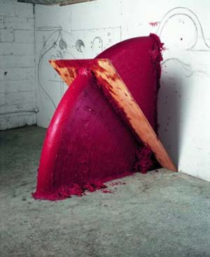Anish Kapoor: <EM>Up Down Shadow</EM>, 2005Wood, wax and oil based paint172 x 172 x 101.5 cm© Anish Kapoor / VG Bildkunst, Bonn, 2013. Photo: Dave Morgan, Courtesy the artist
