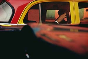 Saul Leiter: <EM>Taxi,</EM> c. 1957© Saul Leiter / Courtesy Howard Greenberg Gallery, New York