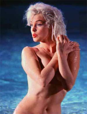 "<SPAN class=pie _extended=""true"">Lawrence Schiller: <EM>Marilyn Monroe, Something's Got To Give</EM>, May 23, 1962© Lawrence SchillerCourtesy Galerie Melilli Mancinetti</SPAN><BR _extended=""true""><BR _extended=""true"">"