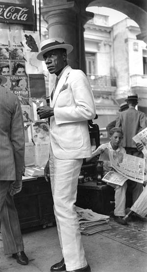 Walker Evans: <EM>Citizen in Downtown Havana</EM>, 1933silver gelatin printPrivate Collection